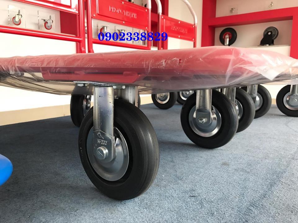vườn xe đẩy hàng 4 bánh tải trọng nặng